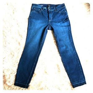 NYDJ Jeans Lift and Tuck Technology